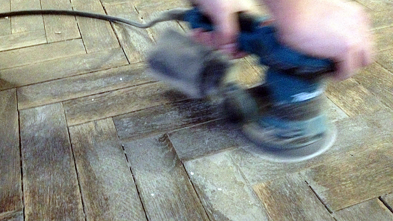 Floor sanding with Random Orbital Sander